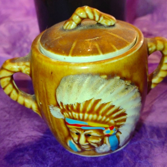 New Mexico pottery with Indian face